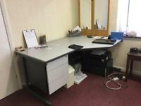 Office Table Desk for quick sale
