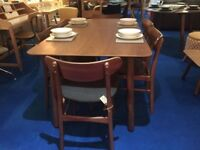Walnut Dining Table + 6 Matching Chairs Modern Retro Style