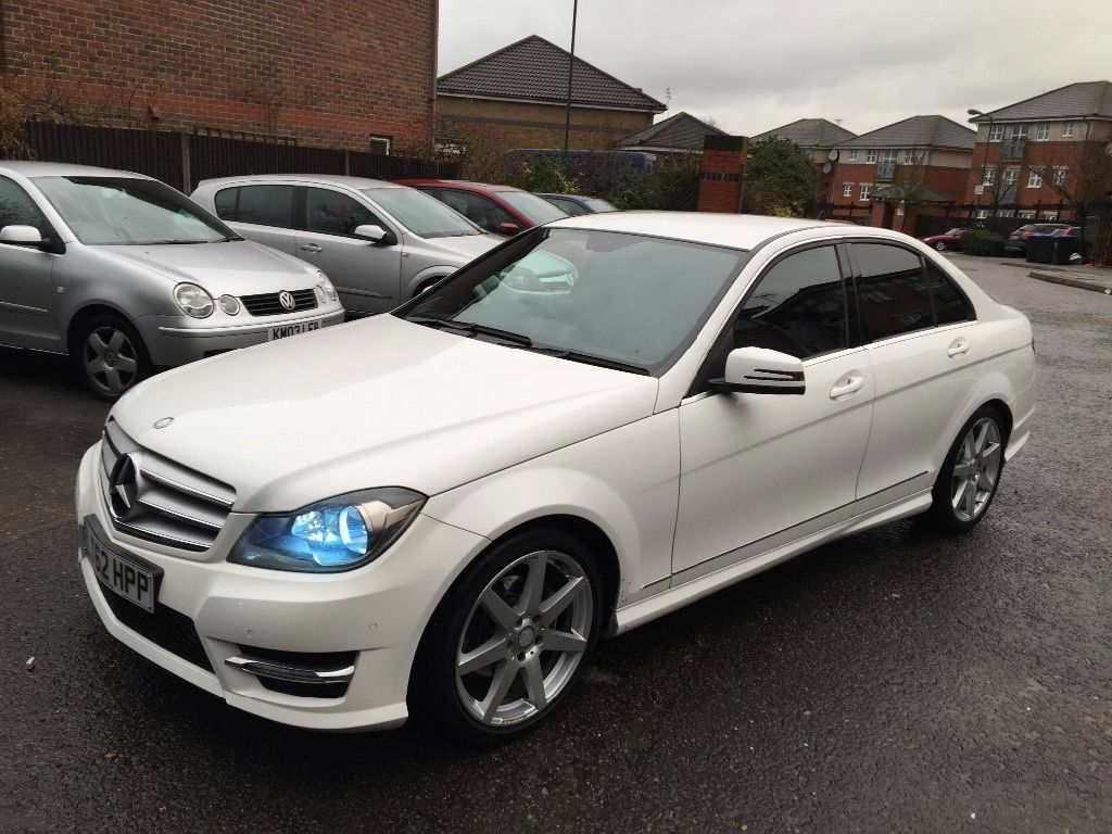 mercedes c220 amg sport white in edgware london gumtree. Black Bedroom Furniture Sets. Home Design Ideas