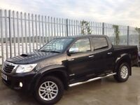 2011 TOYOTA HILUX D/C 3.0 D4-D INVINCIBLE MANUAL 4X4 BLACK ++ LOW MILEAGE ++ IMMACULATE CONDITION ++