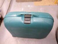 samsonite suitcases green