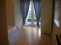 015M - BOUNDS GREEN - MODERN DOUBLE STUDIO FLAT, SEPARATE KICTHEN,FURNISHED,BILLS INCLUDED-£230 WEEK