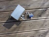 Galvanised Steel Hitch Lock for Trailer or Caravan with Padlock
