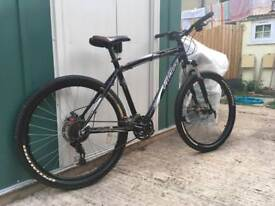 Specialized mountain bike (hardrock sport)