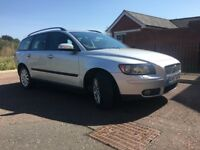 VOLVO V50 1.6D (57 PLATE), LOW MILEAGE, FULL SERVICE (11 STAMPS), 2 PREVIOUS OWNER, CAMBELT REPLACED