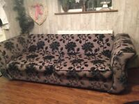 LOVELY 3 SEATER SOFA & CUDDLE COUCH