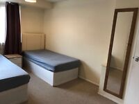 Large twin room and double room for rent