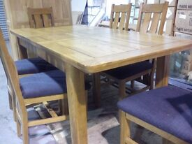 SOLID OAK DINING ROOM TABLE RRP £1200