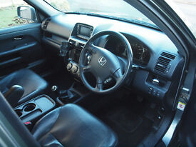 HONDA CRV i-CTDi EXECUTIVE WITH FULL SERVICE HISTORY, SAT NAV, MoT TO DEC'17 IN EXCELLENT CONDITION.
