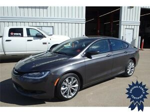 2016 Chrysler 200 S All Wheel Drive - 31,744 KMs, 5 Passenger