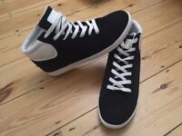 BRAND NEW Mens Nanny State High Top Trainers - Navy - Size 9