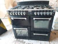 Electric oven/grill, gas top with extractor fan