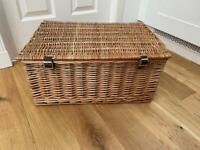 Wicker Hamper basket