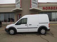 2013 Ford Transit Connect XL Cargo Van Bucket Seats Lots of Shel