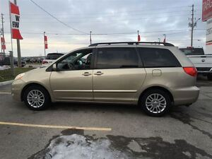 2008 Toyota Sienna XLE, Loaded; Leather, Alloys and More !!!! London Ontario image 9