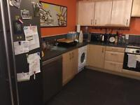 2 bedroom flat! Leeds, £300 per month