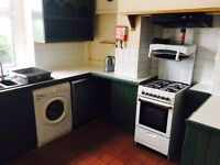 5 bedroom property suitable only for students at 97 Terrace Rd