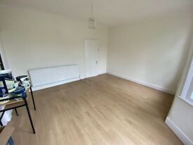 4 bedrooms with 2 Receptions and 2 Toilets and a Bathroom House near Upton Park Station