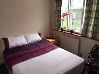 --Double room for single person only -- 3 min from Willesden Green Station available 15/12