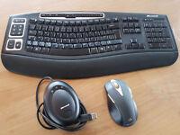 Ergonomic Microsoft Wireless Keyboard & Mouse VGC
