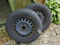 4 x wheels and tyres 195 65 R15 Michelin x 2 Pirelli x 2
