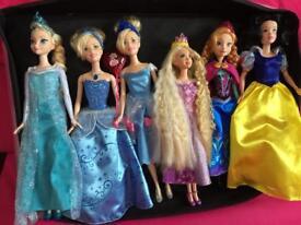 Disney doll bundle