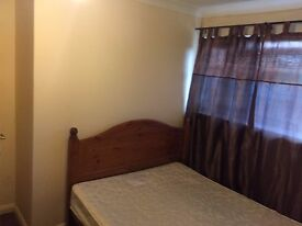 Double Room available for Rent- Slough (All Inclusive)