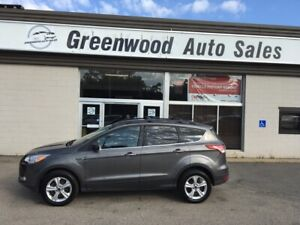 2013 Ford Escape SE LEATHER AWD & GREAT VALUE!