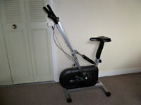 Exercise Triple Action Flywheel Cycle with Exercise Monitor (battery) V-Fit / Beny UK