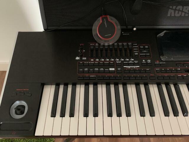Korg Pa4x 76 keys plus Paas Speaker (Korg)&Keyboard Stand | in Enfield,  London | Gumtree