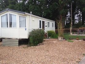 Beautiful caravan situated in the lovely Solent Breeze with spectacular views on perfect plot