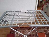 Electric laundry drying rack