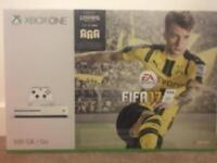 Xbox one s 500GB new version with fifa 17 and controller