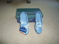 Ladies size 36 quayside yachting shoes