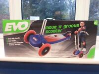 EVO Move N Groove Scooter (BRAND NEW)
