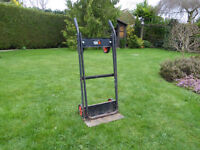 Black and Decker 2 way sack truck / hand cart with 4 wheels.