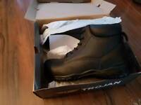 Safety boots. Steel toe capped boots. Size 9.