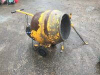 Minimix 130 electric concrete mixer - selling for spares or repair