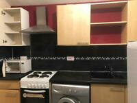 one bed 1st floor flat in ilford (1150 including bills)