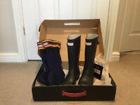 Childrens Hunter Navy Wellington Boots Size 2