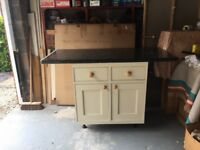 Good Quality Shaker Kitchen Two Door Unit & Worktop