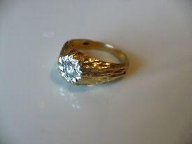GENTS DIAMOND SET GOLD RING