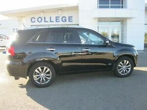 2013 Kia Sorento SX - AGED INVENTORY BLOWOUT!