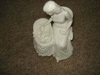 royal worcester mothers love figurine