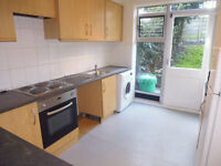 Clean Refurbed large 4 bedroom house with 2 WC available. 5mins walk to Southfields Tube or High St