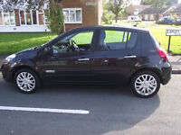 1 PREVIOUS OWNER, 11 RENAULT CLIO DYNAMIQUE TOM TOM DCI, DIESEL, £20 PER YEAR ROAD TAX