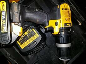 Dewalt xr drill battery and charger