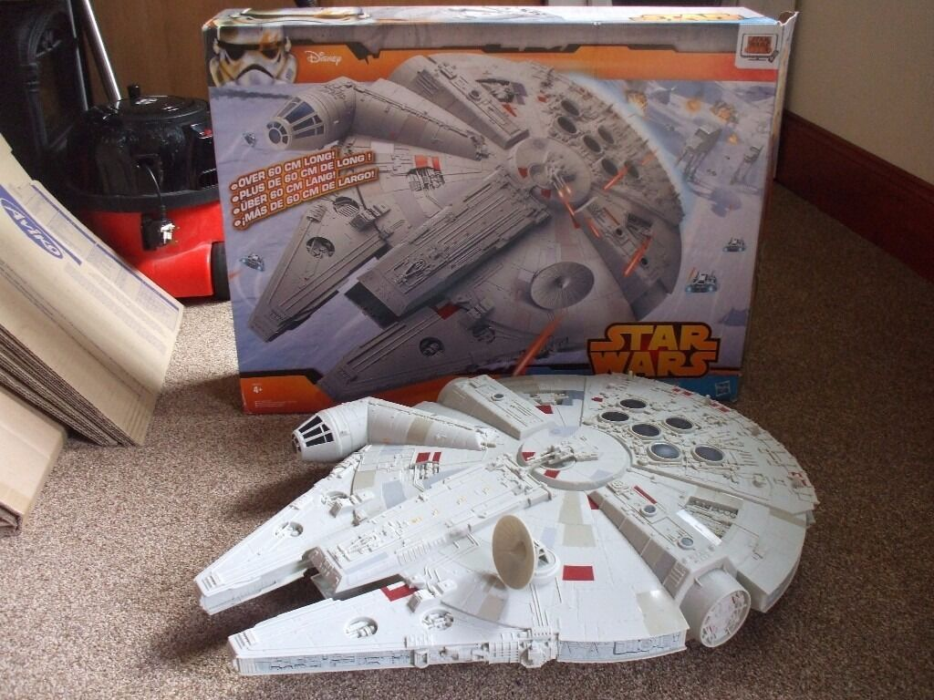 Star Wars Millennium Falcon (Large)