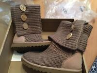 Ladies knitted ugg boots