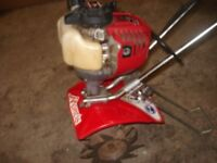 Mantis tiller/cultivator. 4 stroke Honda engine